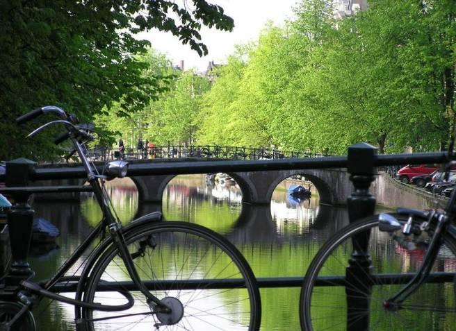 amsterdam_city_bikes