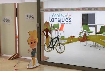 Calais: vélo pour apprendre le néerlandais
