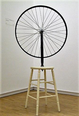 Duchamp-roue-de-bicyclette